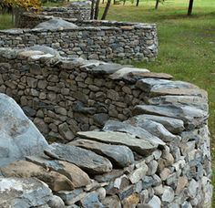 Andy Goldsworthy garden wall inspiration. Get yourself to Storm King.