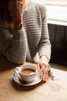 Waffleknit + cafe au lait = cozy winter perfection / TechNews24h.com