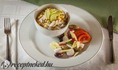 Kukoricás gomba saláta Meat, Chicken, Food, Essen, Meals, Yemek, Eten, Cubs