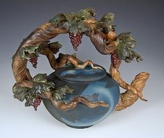 Grapevine Teapot