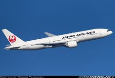 Boeing 777-246/ER aircraft picture