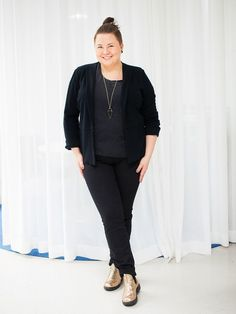 Plus size outfit All black outfit, golden shoes, gold glitter shoes