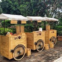 Juice Bar Design, Food Cart Design, Food Truck Design, Coffee Carts, Coffee Shop, Beer Bike, Taquero, Bike Food, Velo Cargo