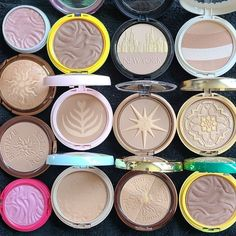 🤩 @nhldsbrrd_'s bronzer collection is EVERYTHING! Spot any of your all-time favorites?!?