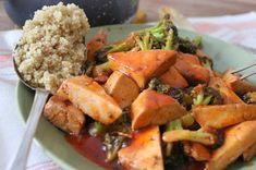 Linssinööri: Savutofua ja parsakaalia nopeassa BBQ-kastikkeessa... Cantaloupe, Potato Salad, Bbq, Vegan Recipes, Potatoes, Fruit, Food Food, Ethnic Recipes, Barbecue
