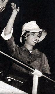 A MODA PASSA O ESTILO FICA...: Março 2009 MARTA ROCHA MISS BRASIL 1954