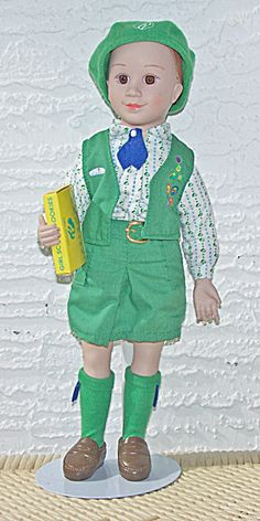 1995 Avon Girl Scout Doll With Cookie Box