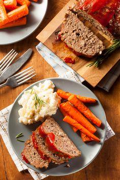 Hearty Dinner Recipe: Slow Cooker Meatloaf
