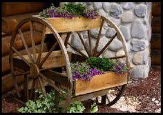 floreira de rodas de carroça