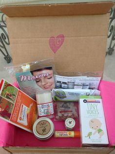 ECOCENTRIC MOM BOX NOVEMBER 2013 http://subscriptions4fun.blogspot.com/2013/11/ecocentric-mom.html