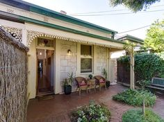 #Adelaide is the top sellers' market in Australia for August 2012. What other areas made the top ten?