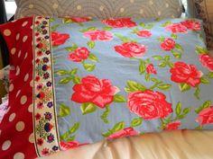 Easy pillowcase tutorial with no exposed seams
