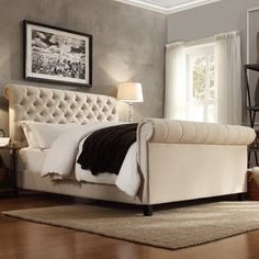 Signal hills Knightsbridge tufted chesterfield king bed in beige