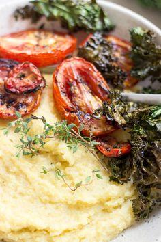 Creamy Polenta with Roasted Thyme Tomatoes and Crispy Kale | Kremna polenta z zapečenimi paradižniki, timijanom in ohrovtom | Dear Kitchen | #vegan #recipe #simple #lunch