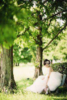 洋装ロケーション前撮り 最高のロケーションを素敵なドレスで。ウエディングドレスにはえる写真を撮影