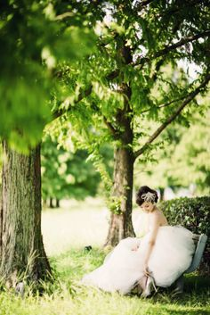 洋装ロケーション前撮り|最高のロケーションを素敵なドレスで。ウエディングドレスにはえる写真を撮影