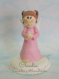 Adorno para torta: angelita para comunión .-
