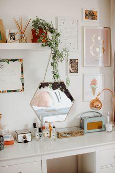 Palm Springs Pastel Bedroom Makeover For Alisha Marie Mr