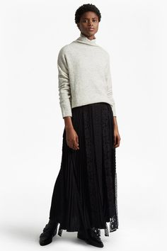 New Arrival in Fashion  classic crepe light woven maxi skirt