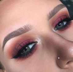 Eye Makeup Tips.Smokey Eye Makeup Tips - For a Catchy and Impressive Look Fall Makeup Looks, Pretty Makeup, Love Makeup, Makeup Inspo, Makeup Inspiration, Fall Eye Makeup, Beauty Make-up, Beauty Hacks, Hair Beauty