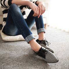 Aliexpress.com: Comprar Nuevo Estilo Retro de Lujo de La Manera Del Dedo Del Pie Puntiagudo Bloque de Color Oxford Zapatos Planos Oxford Zapatos de Tacón Bajo Para Mujer 34 43 de zapatos de lucha de cuero fiable proveedores en shoes of stars