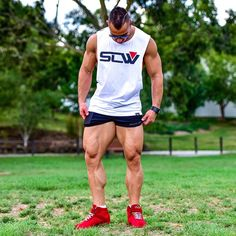 @strongliftwear @eddyung_ repping the SLW Miami Sleeveless & Lift Shorts- the perfect attire for leg day (which Eddy never skips!). Featured apparel available from strongliftwear.com- Gym Wear for Lifters. #strongliftwear #workout r #abs #diet #bodybuilder #aesthetic #fitness #bodybuliding www.strongliftwear.com
