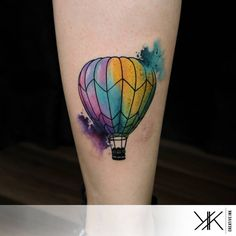Un balon por Koray Karagözler Great Tattoos, Unique Tattoos, Beautiful Tattoos, New Tattoos, Tatoos, Inspiring Tattoos, Beautiful Body, Air Balloon Tattoo, Just Ink