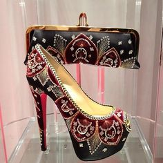 Shoes  Purse  Beauty
