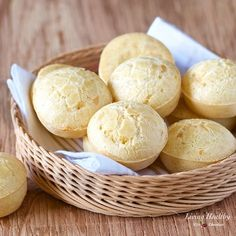Puccia chip canap foodgawker recipes pinterest easy bread easy brazilian cheese bread recipe po de queijo with a dairy free option forumfinder Gallery