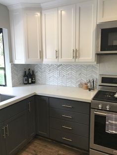 Spectacular kitchen cabinet shades - There are various shades of white to pick from, however every one of them will certainly aid your area really feel bright and also fresh. Some great neutral colors for cooking area cabinets consist of light gray, dark grey, or greige (a mix of gray as well as off-white). #kitchencabinetcolors