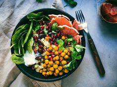 15 min: Kurkumakikherne-kuskussalaatti (V) – Viimeistä murua myöten Cobb Salad, Ethnic Recipes, Food Food, Turmeric