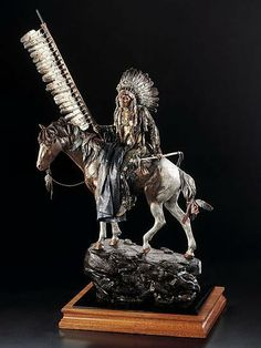 Native American Sculptures at Timberline! - Cowboys - Wildlife !