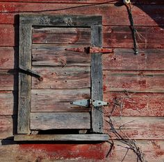I have a thing for barn wood and barn wood art.