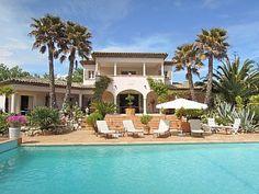 Villa Rental: 4 Bedrooms, Sleeps 12 in Grimaud Holiday Rental in Grimaud from @HomeAwayUK #holiday #rental #travel #homeaway