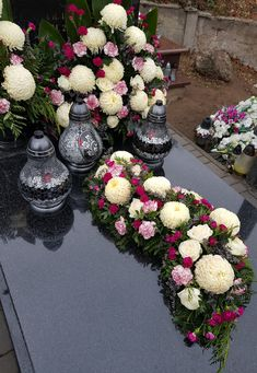 Grave Decorations, Funeral, Floral Wreath, Wreaths, Flowers, Cemetery Flowers, Flower Arrangements, Condolences, Stones