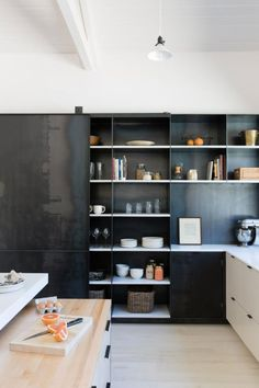 modern black and white kitchen photographed by suzanna scott. / sfgirlbybay