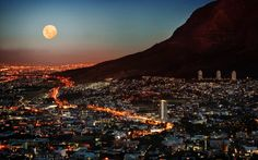 Full moon over Cape Town city bowl - Table Mountain at the right - South Africa Lonely Planet, Cape Town South Africa, South Korea, Table Mountain, Belle Villa, Africa Travel, Places To See, Travel Destinations, Africa Destinations