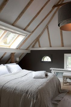 I'd have to put some blinds over that skylight so I don't punch the sun every morning, but other than that, this is my ideal bedroom.