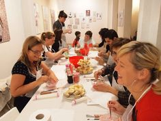 Cupcake workshop by Duduá at Cosmo gallery.