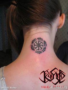 kolovrat tetovaza svarog - Buscar con Google