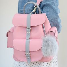 Girly Backpacks, Cute Mini Backpacks, Stylish Backpacks, Cute School Bags, School Bags For Girls, Girls Bags, Trendy Purses, Cute Purses, Backpack Bags