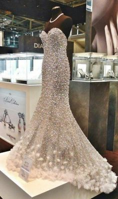 Real Sample Luxury Mermaid Pearls Prom Dresses Sweep Train Beads Rhinestones Beaded Evening Gowns vestido de festa Tulle