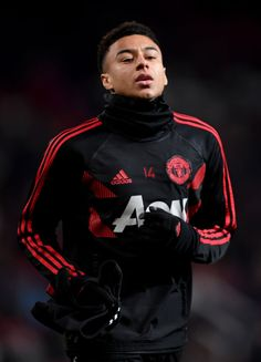 Jesse Lingard of Manchester United warms up prior to the UEFA Champions League Group H match between Manchester United and BSC Young Boys at Old Trafford on November 2018 in Manchester, United. Get premium, high resolution news photos at Getty Images Lingard Manchester United, Manchester United Team, Manchester England, Real Madrid Team, Jesse Lingard, Soccer Girl Problems, England Football, Old Trafford, Man United