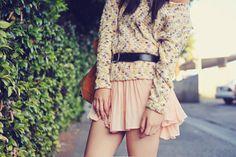 short, flouncy, flirty skirt, get on mah body