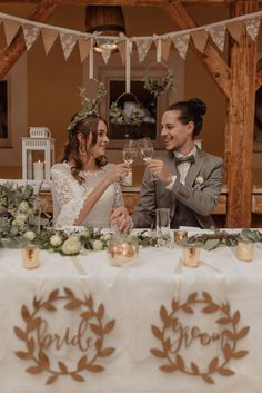 #bride #groom #austrianwedding #austriaweddingphotographer #austrianweddingphotography #weddingphotography #austrianphotographer #austria #gettingready #bridals #weddingphotos #hochzeitsfotografin #hochzeitsfotograf #hochzeitösterreich #hochzeitsfotografösterreich #weddingday #hochzeitstag #hochzeitsfotos #weddingmakeup #hochzeitsmakeup Austria, Groom, Wedding Day, Table Decorations, Bride, Photography, Inspiration, Marriage Anniversary, Wedding Ideas