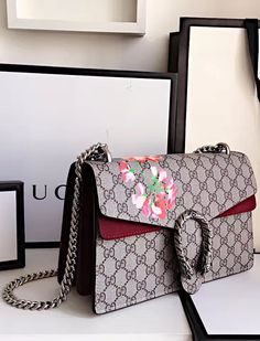 Gucci Dionysus GG Blooms Medium Shoulder Bag with Wine Red Suede Detail. See more at http://www.luxtime.su/gucci-bags