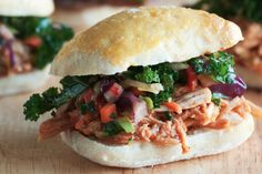 Slow Cooker Asian Chicken Sliders #Healthy #CrockPot #Recipe