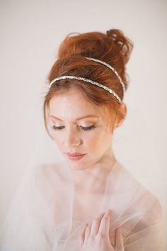 Double strand headband VOLE MON AMOUR wedding di RoyalLaceBridal