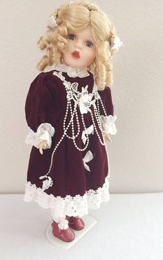 VTG Fine Porcelain Musical Doll Collectors Choice Christmas