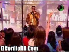 Daddy Yankee - Somos de Calle Live en Mun2